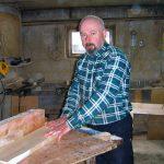 Uzdolniony stolarz i rzeźbiarz – Jan Barnasiuk ze Styrzyńca