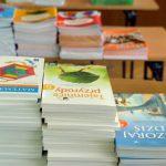 Blisko 45 tys. zł na książki i materiały edukacyjne dla szkół w gminie Łomazy