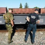 Terespol: Papierosy pod platformą wagonu – współdziałanie KAS i SG