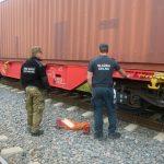 Terespol: Papierosy w podwoziach wagonów