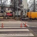 Biała Podlaska: Ruszyła instalacja nowego aktywnego przejścia dla pieszych