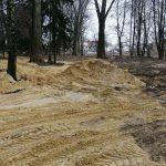 Prace przy południowych fortyfikacjach Parku Radziwiłłów rozpoczęte (galeria)