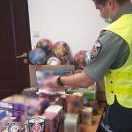 Lublin: Podrabiane zabawki i odzież zatrzymane przez KAS w kilku sklepach